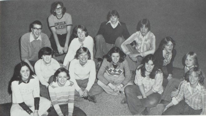 Pictures of the Past is from the 1977 Lincoln Community High School yearbook. The photo shows students who are members of the Lincolnite staff. In front from left: Kathy Britsch, Debbie Farmer, Tena Wright, Barb McCray, Cindi Cox, Jo Davis and Lucinda Reifsteck. In back from left: Larry Smith, Barbi Buchanan, Steve Graue, Bob Aldendifer, Sheryl Schneider and Nancy Goldberger.