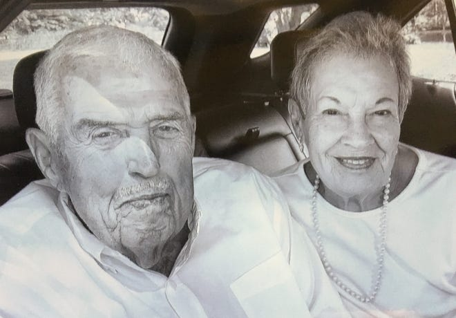 MR. AND MRS. JAMES (JEAN) EARLY