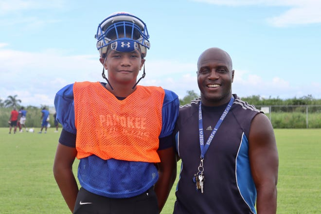 Pahokee freshman quarterback Austin Simmons and his father, David Simmons, are ready to stand their ground in a Friday hearing with the FHSAA's Board of Directors.