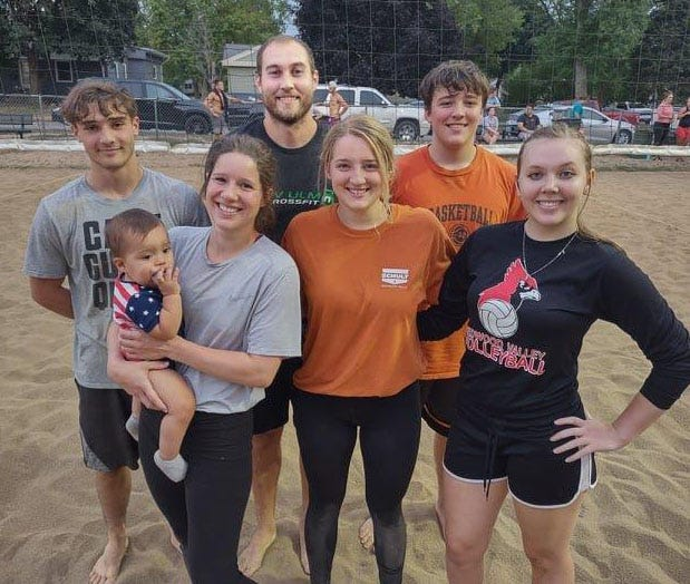 Sand Volleyball 'A' League and Playoff Champions—Beth Theresa Photography