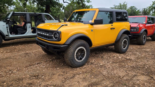 The 2021 Ford Bronco comes in a variety of colors and 2-or-4-door configurations. Removable doors standard.