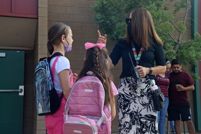 Students at Veva Blunt Elementary School returned to campus first time for full-time, in-person instruction in 18 months. Visalia Unified families dropped their students off for the first day of school on August 12, 2021.