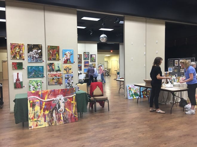 The Lakeway Cool Arts Show and Studio Tour is returning to the Activity Center after a year on hiatus because of the pandemic. Just like this show in 2019, local artists will set up booths for locals and visitors to check out.