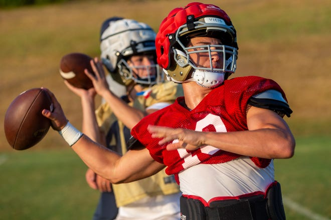 Regents quarterback Drew Dickey, a Vanderbilt pledge, led the Knights to their sixth TAPPS state championship in 2020, and he hopes to help Regents defend their state title in 2021.