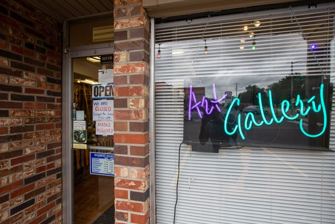 Southwind Gallery, 3074 S.W. 29th St., has announced it is permanently closing after owner Janet Pudah was hospitalized due to COVID-19 and retired.