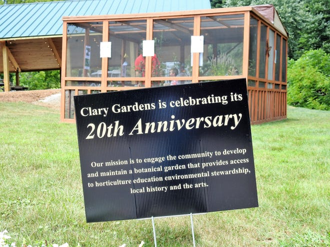 Clary Gardens is celebrating its 20th anniversary. A recent open house featured live theater, butterfly exhibit and historic photos and other items. The botanical gardens were started by Beth Clary in order to memorialize and continue on the Clary legacy in the community.