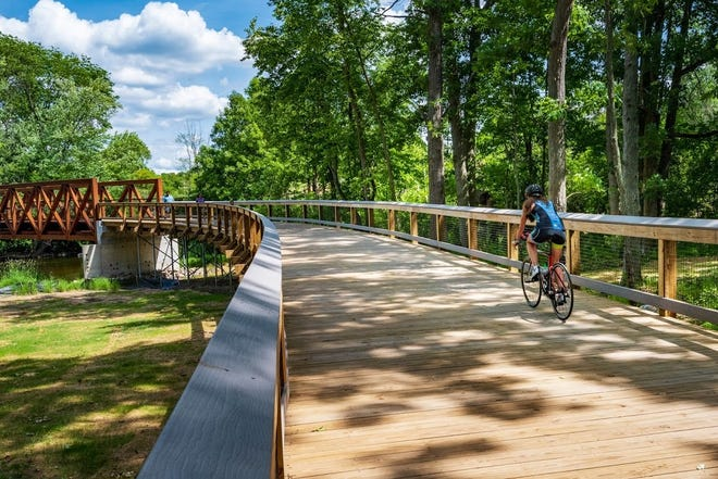 A new segment of the Border-to-Border (B2B) Trail in Washtenaw County will reach downtown Chelsea through a crowdfunding campaign, the Michigan Economic Development Corporation and nonprofit, Huron Waterloo Pathways Initiative (HWPI) announced in a news release earlier in July.