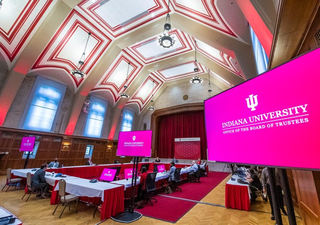 Indiana University's Board of Trustees listen to IU's Chief Health Officer Dr. Aaron Carroll during their meeting at Alumni Hall on Friday, August 13, 2021.