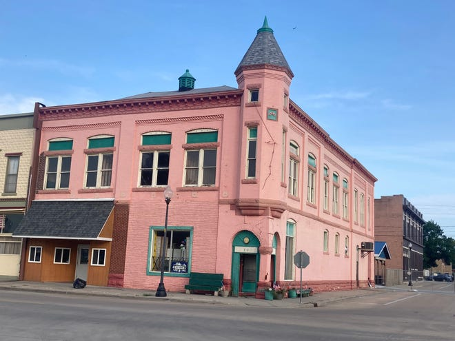 """The Odd Fellows building, just off Beardstown's center square, was constructed in 1889. Structural engineers reported to the city that its collapse was """"imminent."""""""