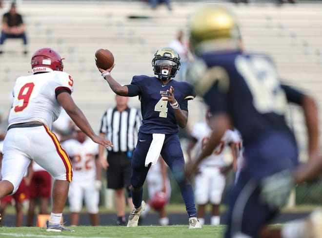 Micah Crumpler (4) and the E.E. Smith Golden Bulls will make the trip to Seventy-First for the opening week of the high school football season.