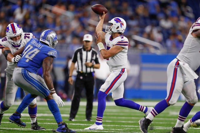 Buffalo Bills quarterback Davis Webb (7) passes the ball during the second quarter against the Detroit Lions at Ford Field.