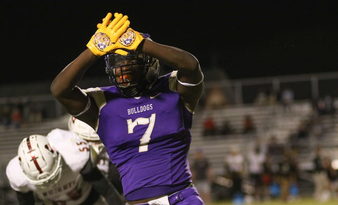 Ascension Catholic senior defensive lineman J'Mond Tapp is one of the parish football players to watch in 2021.
