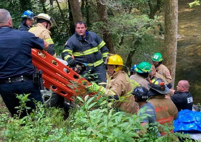 First responders from multiple agencies across Transylvania County responded to an accident on U.S. 276 in Pisgah National Forest. A tree fell on two cars, leaving one person dead and three critically injured.