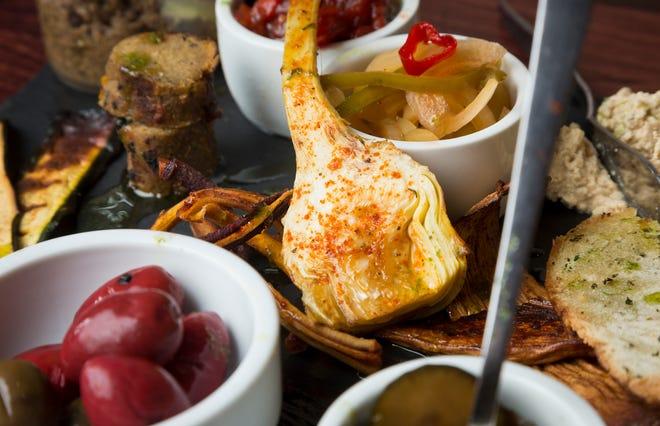 The vegetarian charcuteri board at 'Plas Food & Drink