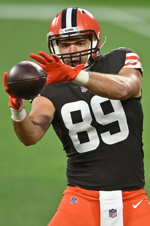 Browns tight end Stephen Carlson played in 18 games last season.