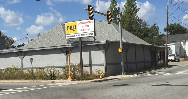The former Gardner Auto Sales is today a Consumer Auto Parts franchise.