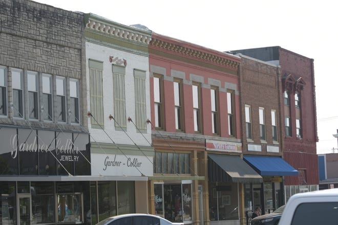 A look at some of the updated and not-yet-updated facades on West Washington Street in downtown Kirksville.