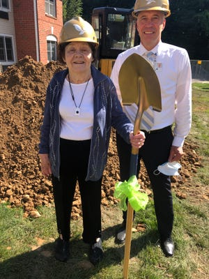 Laurelwood resident Nancy Macon and Lloyd Theiss, executive director of The Highland at Pittsford, celebrate as construction starts on the retirement community's Assisted Living Memory Care Program.