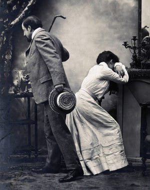Unwanted male advances and the distance it created between the sexes were part of vintage French postcards. This one exemplifies the second part of today's column, which is a 1915 news story about an unwanted kiss.