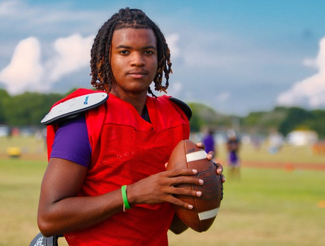 LBJ quarterback Oscar Gordon III takes a break from practice Monday at LBJ High School. Gordon leads a dynamic offense for the Jags that welcomes back eight starters as well as several new faces for a team that reached the Class 4A Division I state semifinals in 2020.