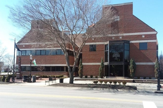 Grove City Hall is at 4035 Harrisburg Pike.