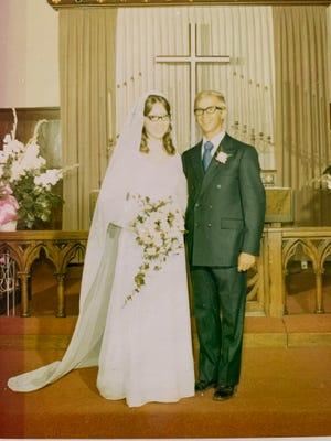 Peter and Diane (Pedersen) Lippert