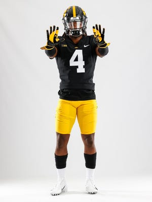 Deerfield Beach senior RB Jaziun Patterson committed to Iowa on Tuesday