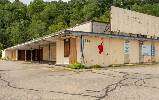 The former Big D supermarket at 195 Mill St. in Worcester has been vacant for years.