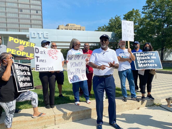 Anthony Adams, candidate for Detroit mayor, speaks out against power outages on Tuesday, Aug. 17  in front of DTE Energy's headquarters.