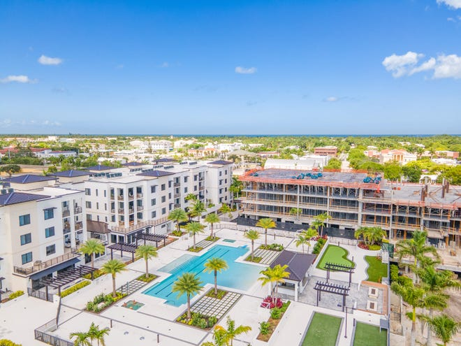 The Ronto Group's Eleven Eleven Central community continues to be the hottest community in downtown Naples.  Phase III offers a final opportunity to enjoy an amenity rich resort lifestyle while residing within easy walking distance from all of downtown Naples' attractions.