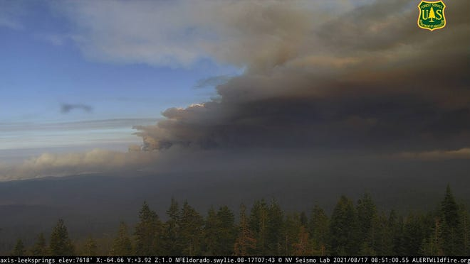 The Caldor Fire burns in the El Dorado National Forest on Aug. 17, 2021.