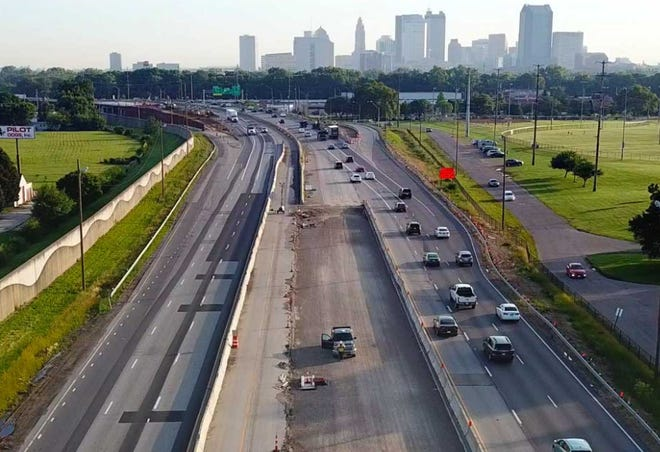 Aerial photo taken looking north toward Downtown during the South Side Mega Fix, a mqjor rehabilitation and widening of Interstate 71 between Grove City and Stringtown Road near Downtown.