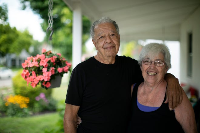 Sonny and Ann Solis have lived in Lincoln Village since 2003.