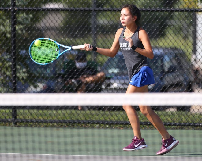 Anh Thi Thai, a junior first-singles player for Bradley, has been showing leadership qualities on and off the court. Her efforts include helping to organize an adult mixed-doubles tennis tournament to benefit the central Ohio chapter of the Leukemia and Lymphoma Society.