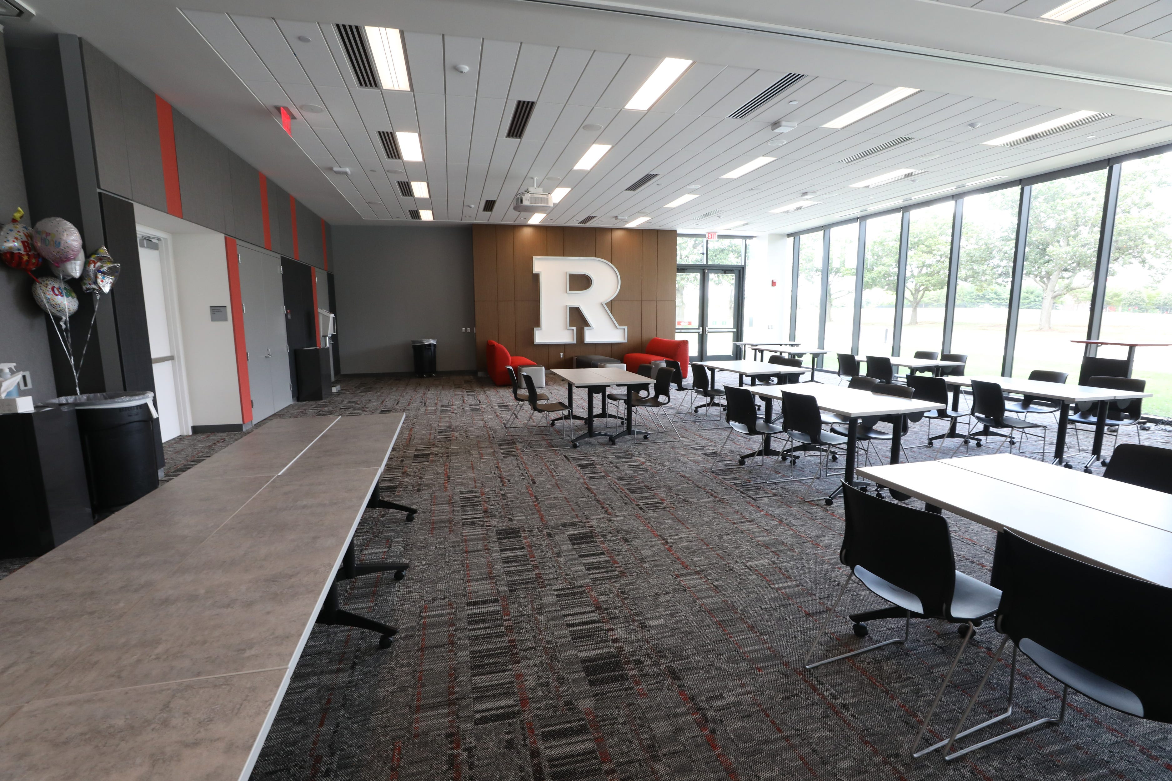 A multi purpose room in the Gary and Barbara Rodkin Academic Success Center at Rutgers
