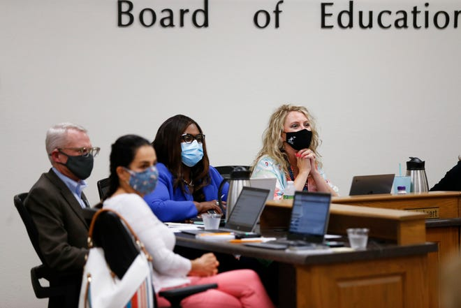 The Springfield school board voted Aug. 17 to offer employees up to five additional days of paid COVID-19 leave.