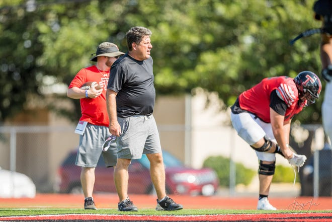 Tascosa head coach Ken Plunk shouts instructions during practice Wednesday, Aug. 18, 2021, at Tascosa High School.