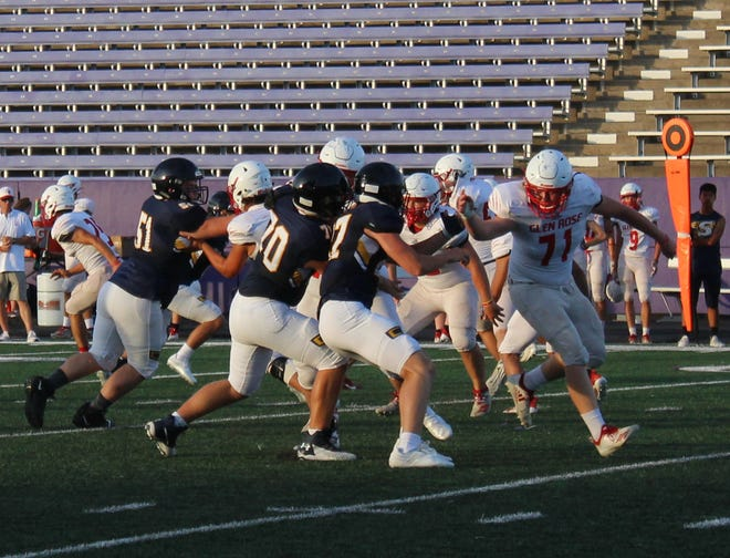 The Stephenville High School Yellow Jackets hosted the Glen Rose High School Tigers in the first scrimmage of the season on Friday, Aug. 13, at Memorial Stadium.