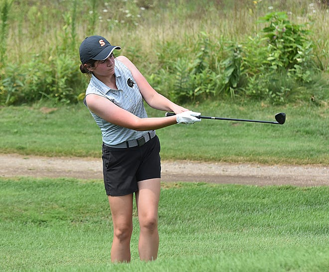 Mia Moreno of Sturgis chips up onto the green in prep golf action on Wednesday.