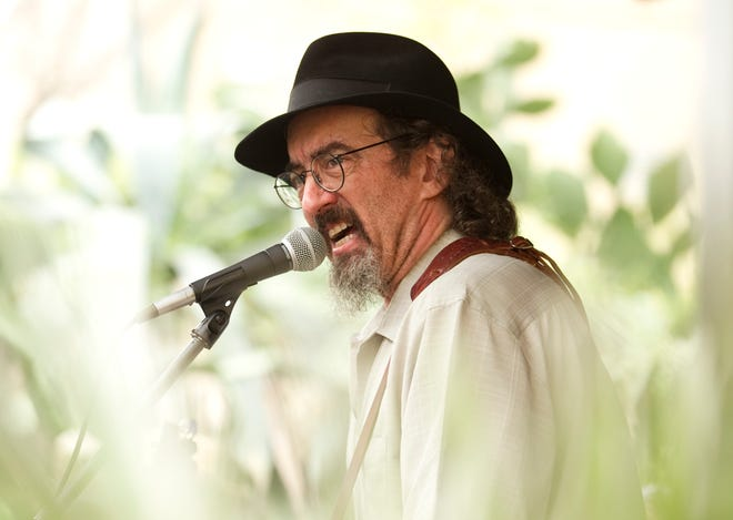 """James McMurtry's new album is titled """"The Horses and the Hounds."""""""