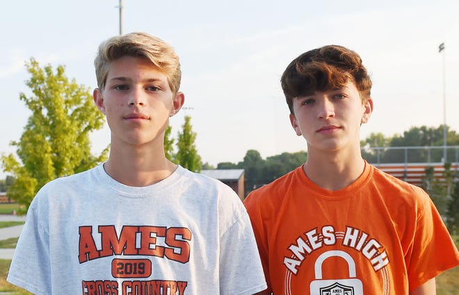 Jonathon Williams and Charlie Bennett will lead an inexperienced Ames boys' cross country team into the 2021 season under the direction of new head coach Ravi Bhave.