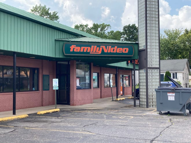 This former Family Video site at 1614 S. MacArthur Blvd. is being leased to Gopuff. It will be the site of Gopuff's grocery delivery service. This will be the farthest downstate operation for Gopuff in Illinois once it opens.