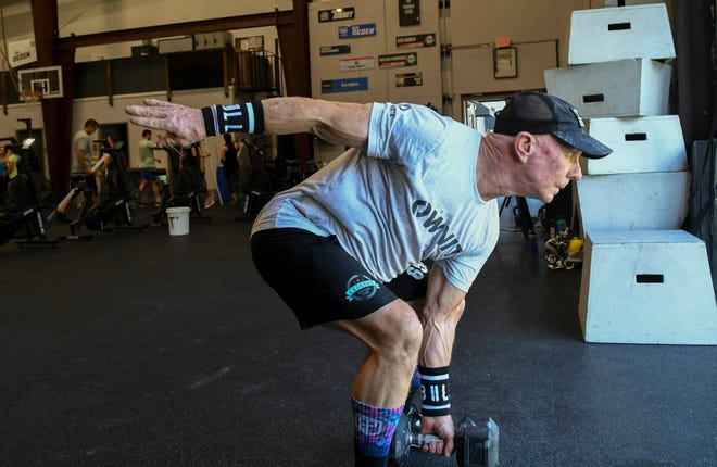 Ken Ogden goes through his workout at CrossFit OwnIt in West Melbourne. Craig Bailey/FLORIDA TODAY via USA TODAY NETWORK