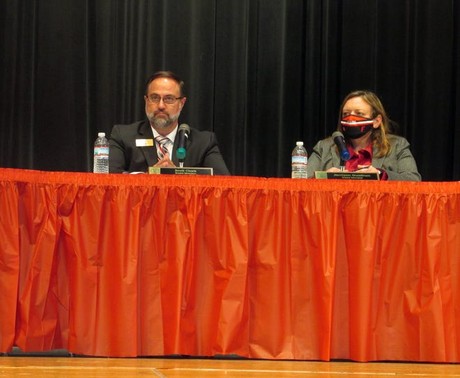 Fairfield Board of Education members Scott Clark and Jerrilynn Gundrum listened to residents' concerns about students wearing masks during Thursday's board meeting.