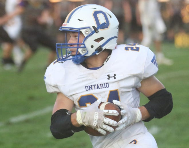 Ontario's Chase Studer ran for 205 yards and two touchdowns in a 21-14 win over Smithville on Friday night.