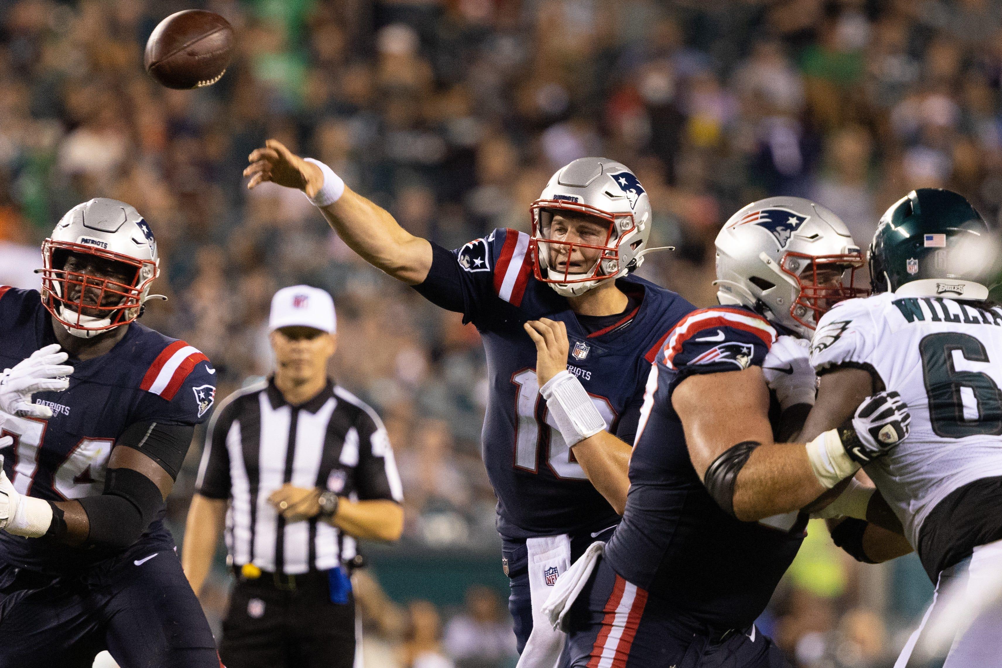 Mac Jones takes big strides, Cam Newton shines as Patriots clobber Eagles in preseason