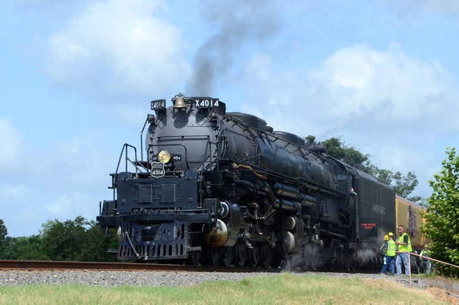 The Union Pacific Big Boy 4014 steam locomotive stops in Donaldsonville the morning of Aug. 20.