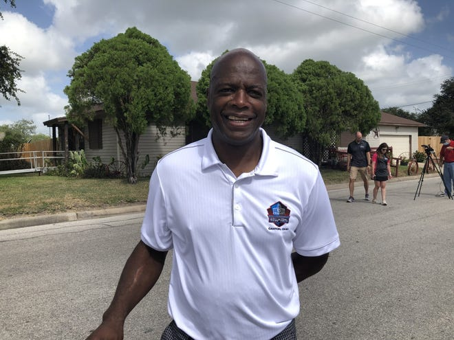 NFL Hall of Famer Darrell Green returned to Kingsville for a day focused on health and wellness.
