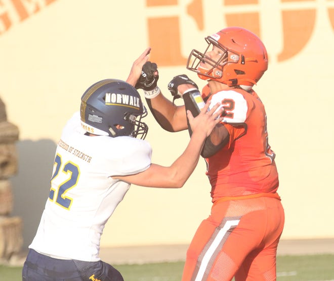 Mansfield Senior's Myles Bradley is up for MNJ Football Player of the Week.