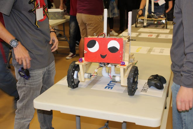 School team registration for the NM BEST Robotics Competition is now open. The robotic design challenge for middle- and high-school students is hosted by New Mexico State University's College of Engineering.